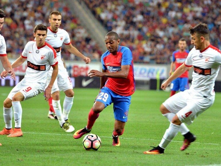 Brezilyalı futbolcu bu sezon forma giydiği 12 maçta 2 gol kaydetti.