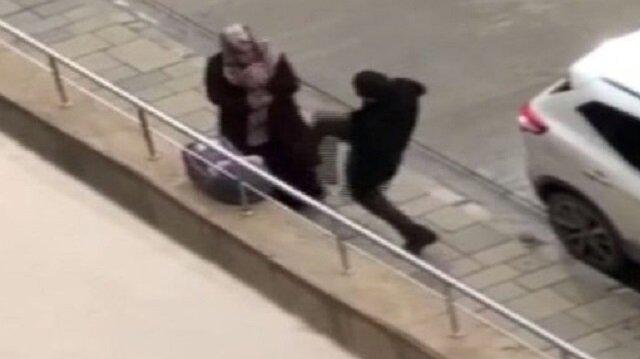 Bebekli kadına tekmeli saldırı