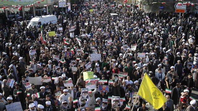 İran'de gösteriler devam ediyor