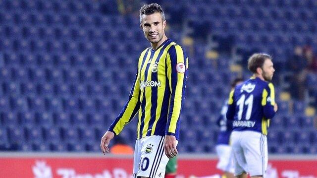 Robin van Persie, Fenerbahçe formasıyla bu sezon 4 maçta 199 dakika forma giyebildi.