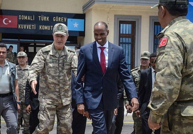 Genelkurmay Başkanı Hulusi Akar, Somali'deki Türk üssünün açılışına katılmıştı.