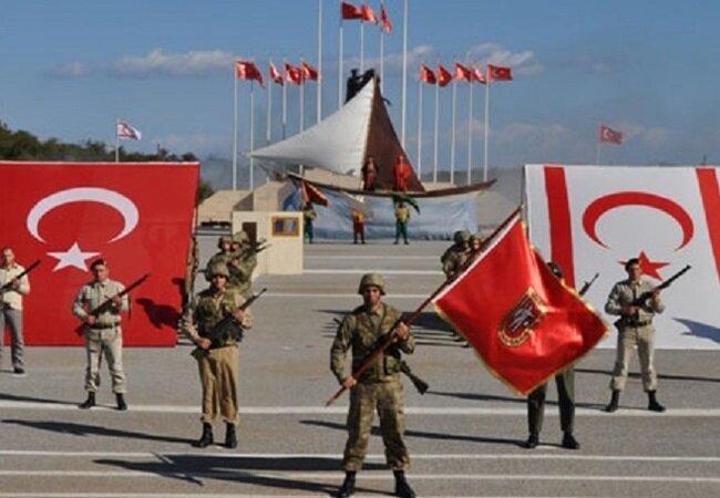 Kıbrıs Barış Harekatı ile adayı işgalden kurtaran Türkiye'nin adada 40 bin askeri bulunuyor.
