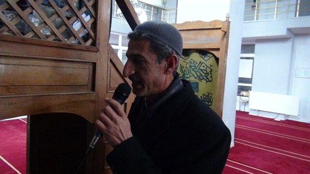Köy imamı, camiden anons yaparak uyardı.