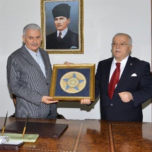 Başbakan Yıldırım Kırşehir Valiliğini ziyaret etti