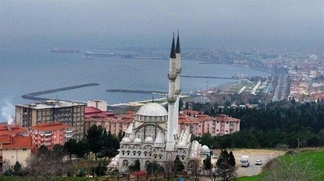 Büyükşehirler içinde en az cami bu kentte