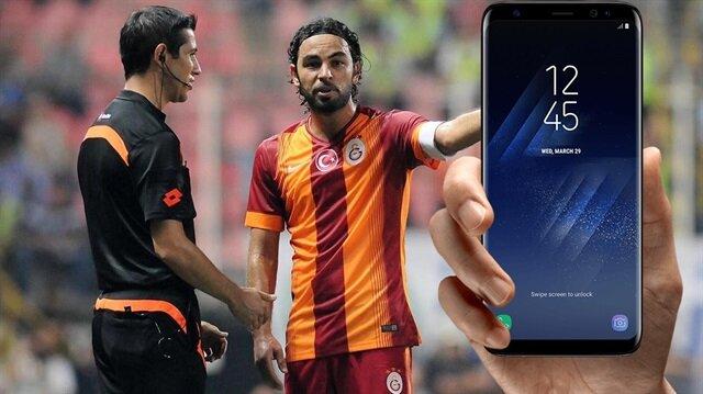 32 yaşındaki futbolcu, 2011'den bu yana Galatasaray'da forma giyiyor.