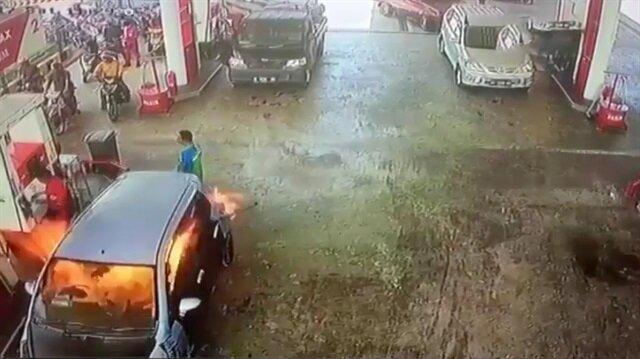 Benzin istasyonunda cep telefonu kullanmamamız gerektiğinin çarpıcı kanıtı!