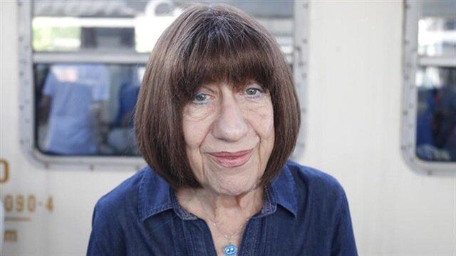 Ayşen Gruda, sağlık sorunları nedeniyle tiyatro oyununu bırakmak zorunda olduğunu ifade etti.