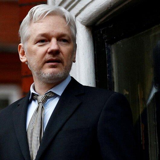 Ekvador'dan Assange'a vatandaşlık