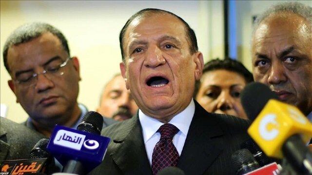 Egypt's former military chief of staff Sami Anan Sami Anan (C)