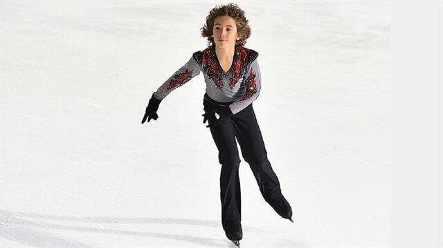12-year-old Turkish ice skater Efe Çetiz