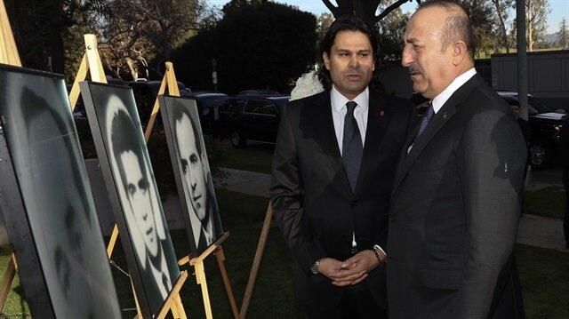 Bakan Çavuşoğlu, burada yaptığı açıklamada, şehit diplomatları rahmet ve minnetle andıklarını dile getirdi.
