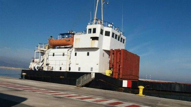 Türkiye'den Libya'ya patlayıcı madde taşıdığı iddiasıyla Yunanistan sahil güvenliğinin alıkoyduğu gemi
