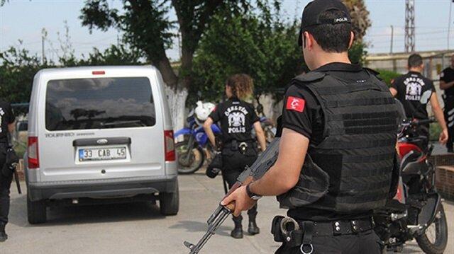 الأمن التركي يضبط 98 أجنبيا في ولايتين جنوبي وغربي البلاد