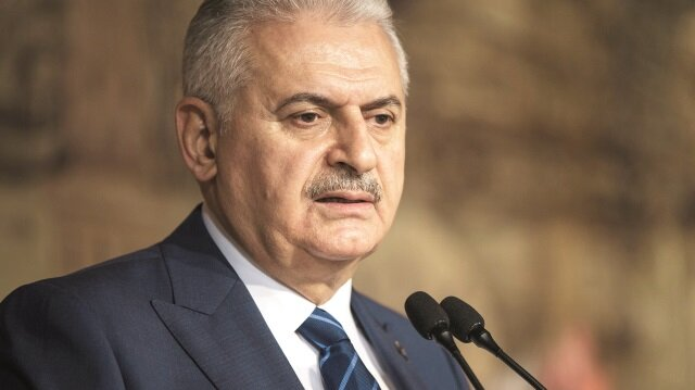 Anayasa Mahkemesi'nin FETÖ'den yargılanan Şahin Alpay ve Mehmet Altan'ın tahliye talebi tartışmalara neden olurken Başbakan Binali Yıldırım, doğru kararı ilk mahkemenin vereceğini söyledi.