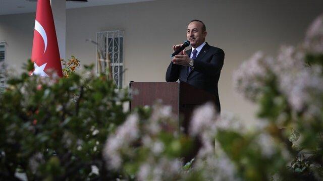 جاويش أوغلو: دون حل سياسي واستقرار لن تتحسن الأوضاع في سوريا