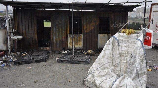 Kağıt toplayıcılarının barındığı konteynerde çıkan yangında 3 kişi öldü.