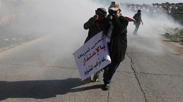 İşgalci İsrail, plastik mermi ve göz yaşartıcı gaz kullandı.