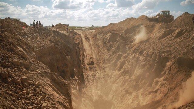 İsrail'in Gazze sınırındaki tüneli patlattı.