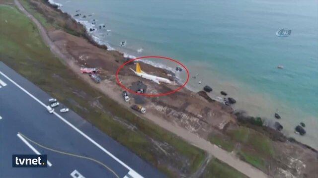 Airplane skids off runway in Trabzon, Turkey