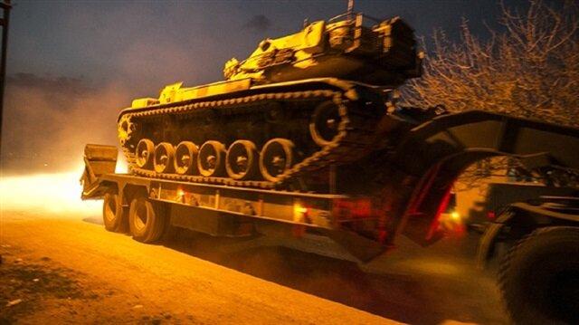 """لليوم الثاني.. الجيش التركي يكثّف قصفه لمواقع """"ب ي د"""" في عفرين"""