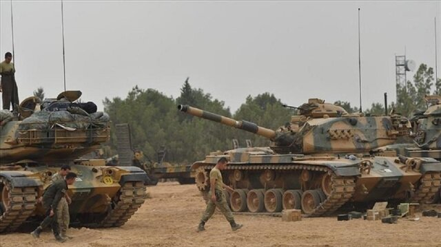 تعزيزات عسكرية تركية إلى الحدود مع سوريا