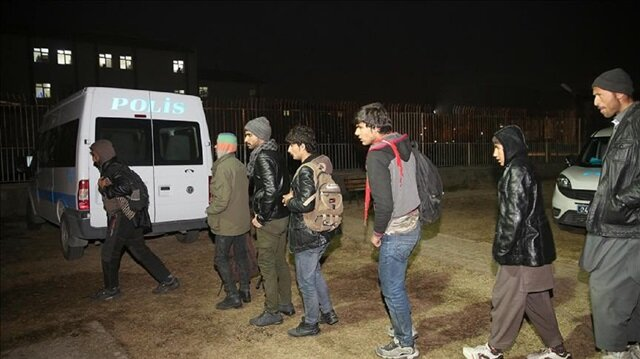 More than 45 undocumented migrants held in west Turkey