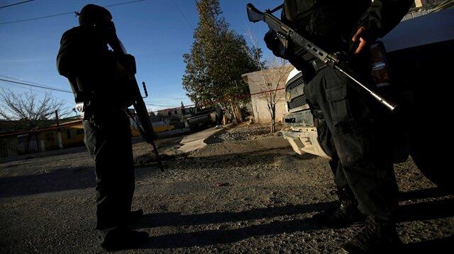 Meksika'da toprağa gömülü 33 kafatası bulundu