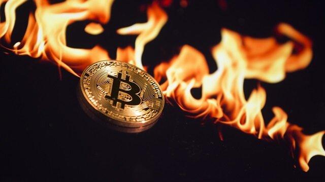 Bitcoin hızla eriyor