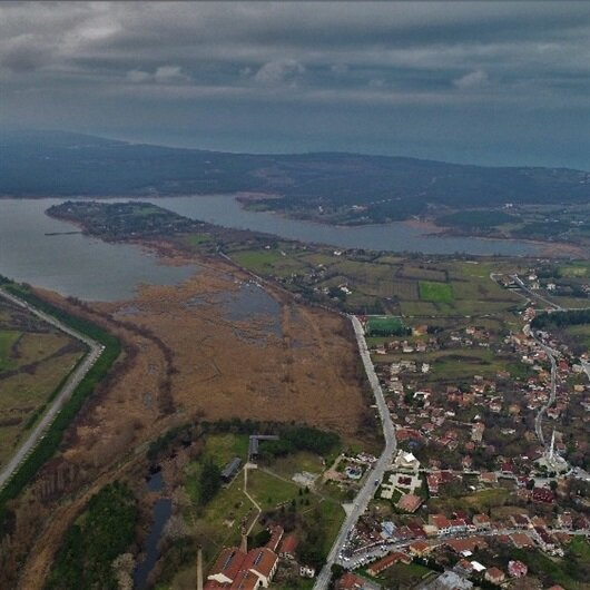 Kanal İstanbul'un zengin edeceği köy havadan görüntülendi
