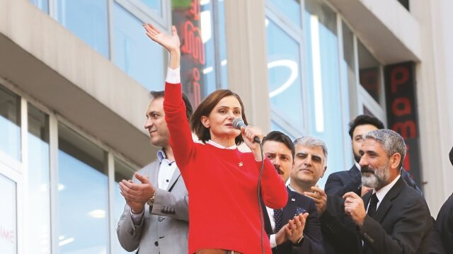 İlk gün HDP'ye selam çaktı
