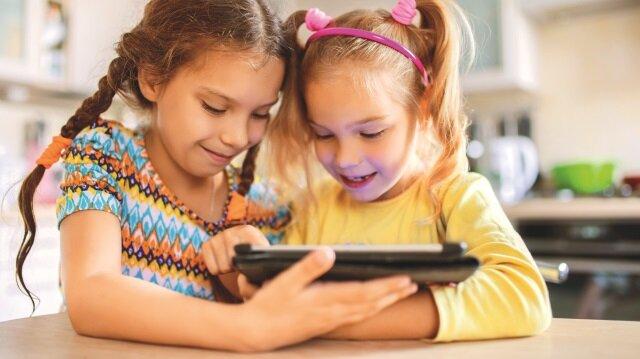 Gürcan Şen, çocukların dijital dünyada karşılaşabileceği riskleri listeledi ve korunma önerilerinde bulundu: