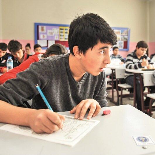 Liselere kayıtta dikkat edilecek önemli kriteri MEB Müsteşarı açıkladı