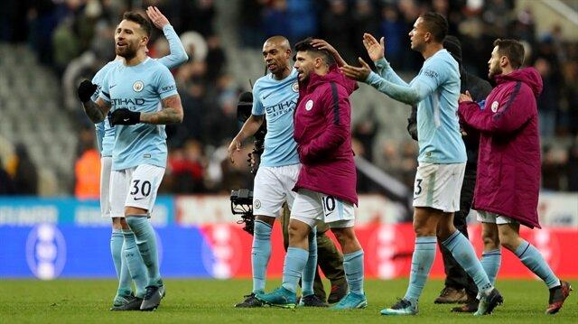 Manchester City yıldız oyuncusuyla uzattı