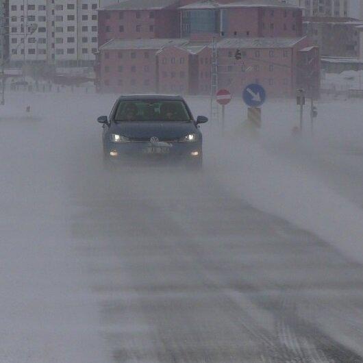 Ardahan'da 24 köy yolu ulaşıma açıldı