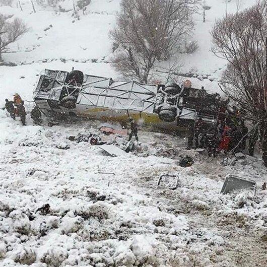 Muş'ta otobüs devrildi: 6 ölü