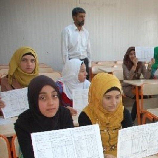 تركيا.. أكثر من 600 ألف تلميذ سوري يتسلمون الجمعة الشهادات المدرسية