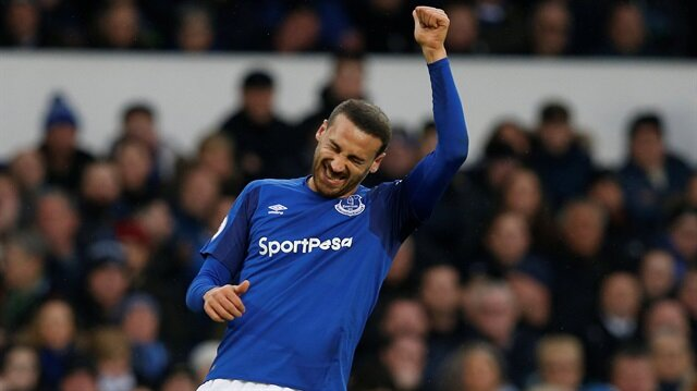 Everton tribünleri Cenk Tosun'u mu hedef aldı?
