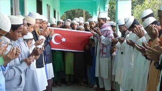 Bangladesh Postpones Controversial Plan To Send Rohingya Refugees Back Home