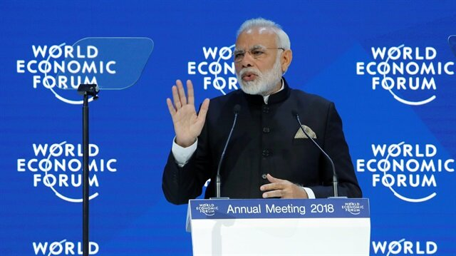Indian PM Modi defends globalization at Davos summit