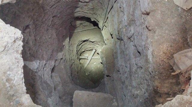 Tarsus'ta yapılan kaçak kazıda bakın neler çıktı