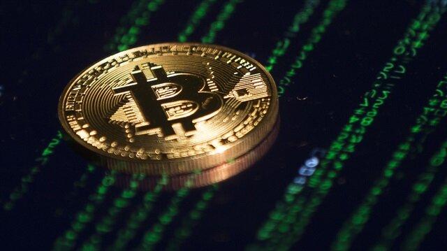 Facebook, kripto paralarla ilgili reklamları yasakladığını açıkladı.