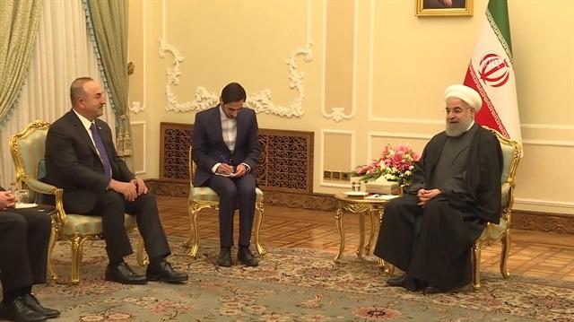 Bakan Çavuşoğlu, Ruhani ile görüştü