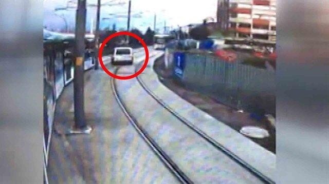 Tramvay yolunda hayat kurtaran makas