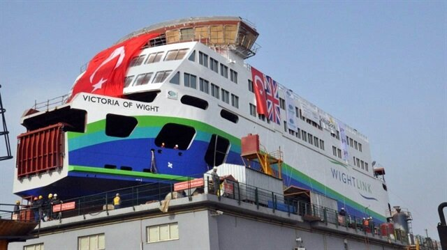 35 milyon euroya mal olan feribot İngiltere'de hizmet verecek.