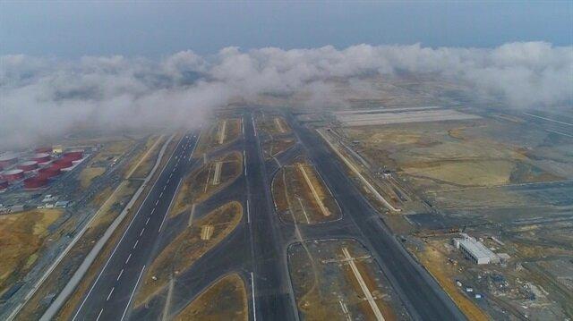 Yüzde 78'i tamamlanan 3'üncü Havalimanı inşaatı havadan görüntülendi.