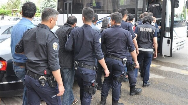 Bitlis merkezli FETÖ operasyonu: 9 gözaltı