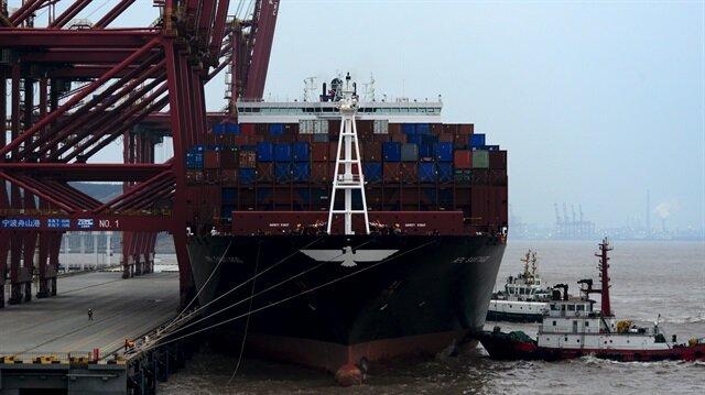 İngiltere'de dış ticaret açığı büyüyor.