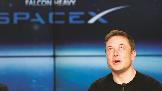 Falcon Heavy kalkışının ardından günler geçse de gündemden düşmüyor.