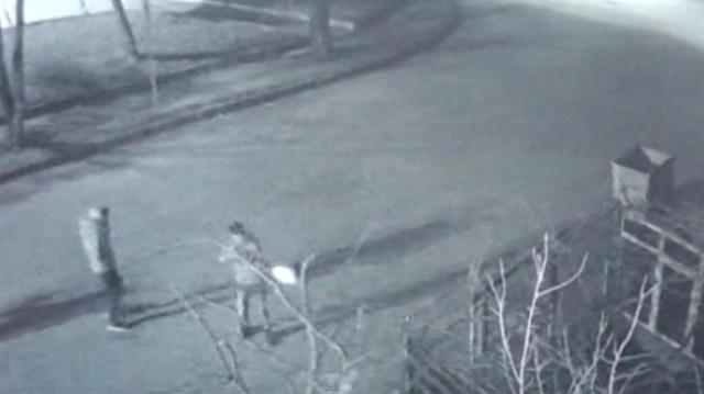 Muhtarın ev ve aracına silahlı saldırı
